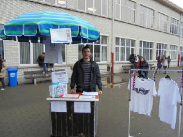 Coole t-shirts in de mini-onderneming.
